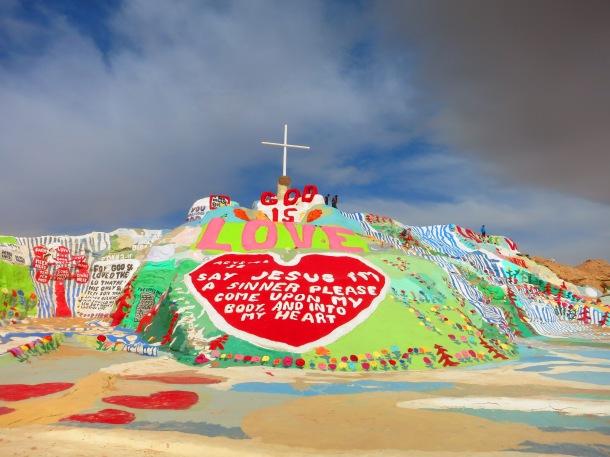 Salvation Mountain (1)